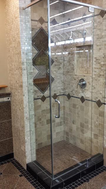 Bathrooms - 20140204_093116.jpg