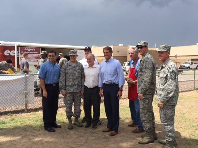 Tucson Thanks our Airmen and Families - 11954774_892091177531663_109422767000001639_n.jpg