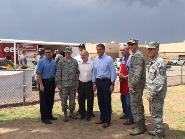 Tucson Thanks our Airmen and Families - 11954774_892091177531663_109422767000001639_n.jpg