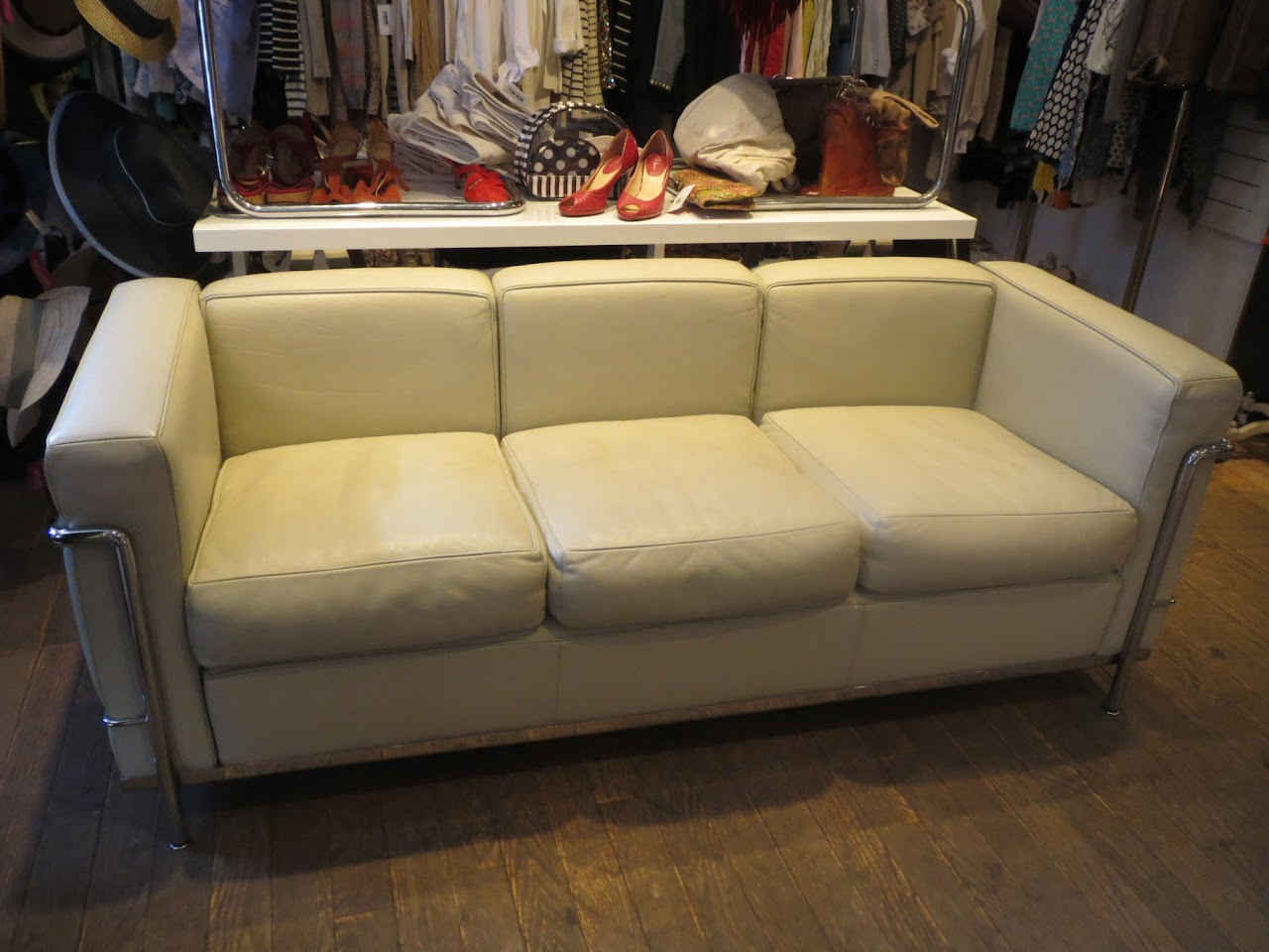 LC3 Grand Modele Sofa by Le Corbusier for Cassina