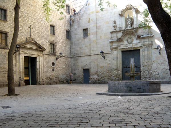 Sant Felip Neri sin estatua de bronce