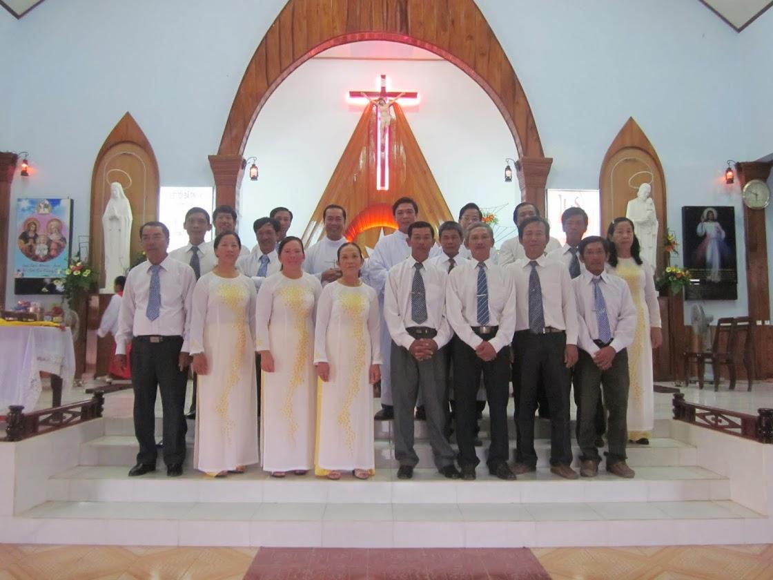 Giáo xứ Hòn Thiên: Thánh Lễ mừng Hội Đồng Giáo xứ nhận chứng thư và kỷ niệm 3 năm quản xứ của Cha Sở