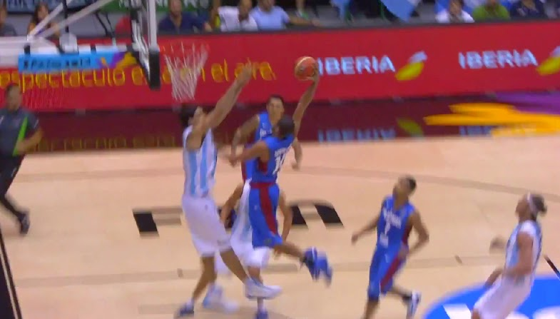 Poster dunk by Gabe Norwood on NBA' Luis Scola