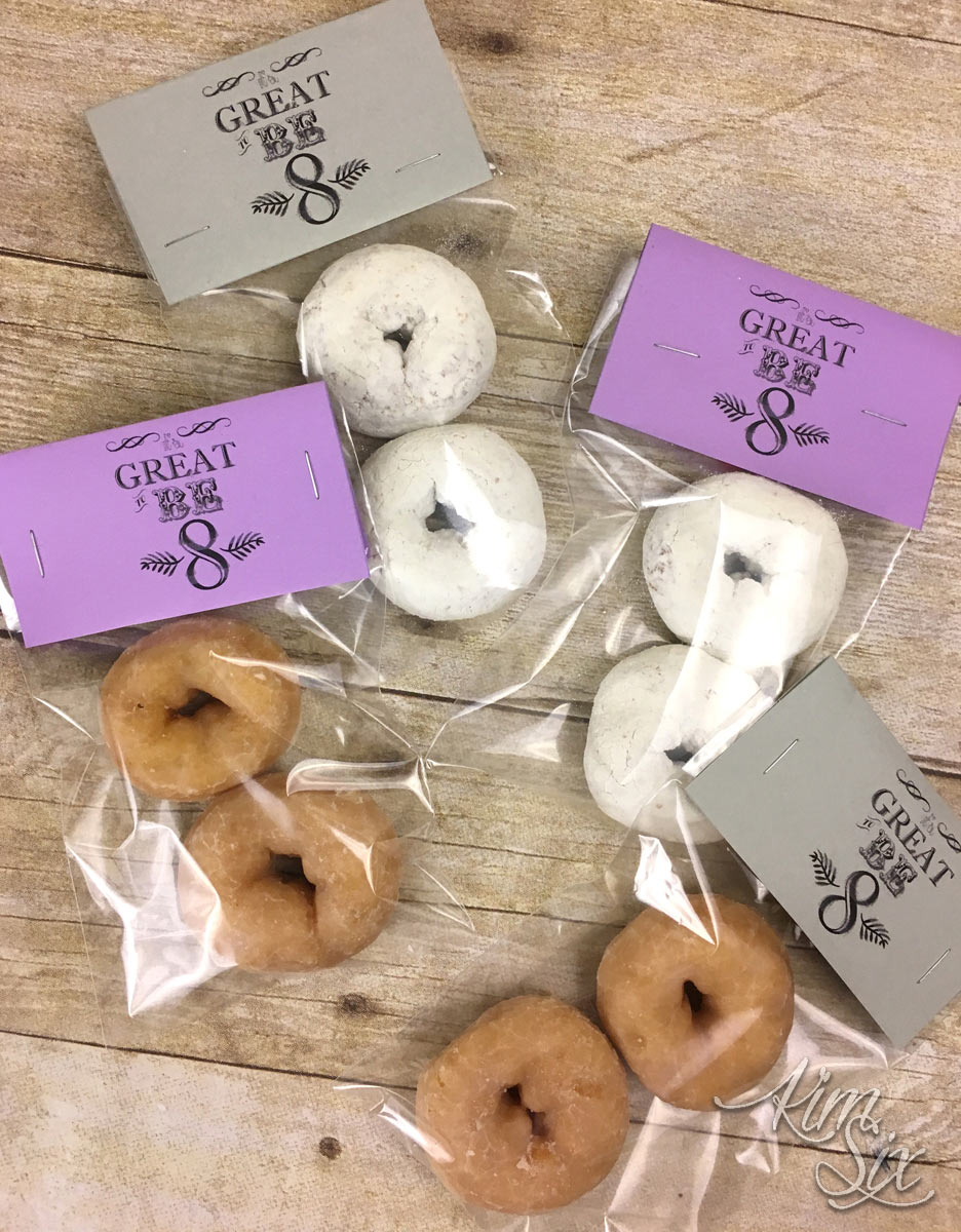 It is great to be eight, free printable treat toppers. Make figure 8's out of mini donuts!  A great favor or school treat idea for 8 year old birthdays!