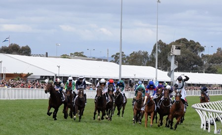 caulfield cup_finish 2