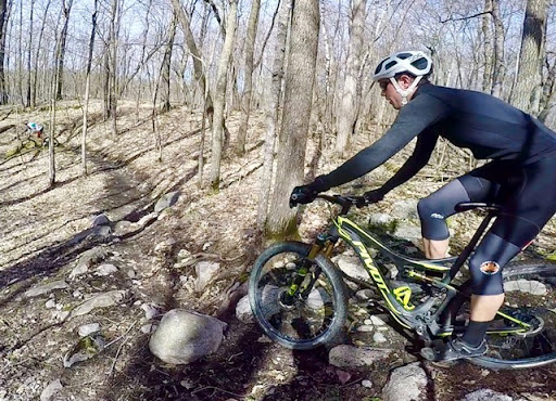 Peder Arneson rolling through the Twin Lakes rock garden
