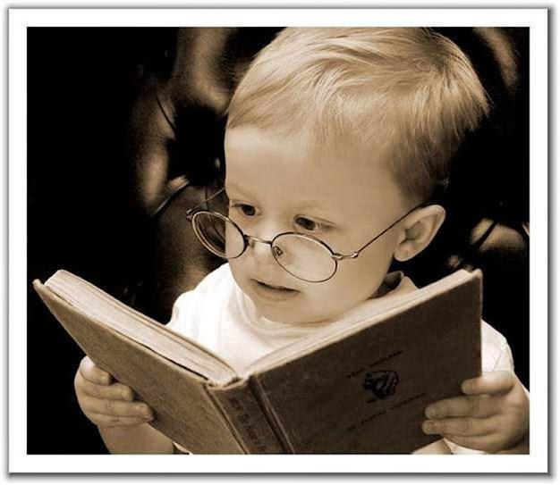reading%2Bbook Để cho bé học tiếng Anh hiệu quả, đừng bỏ qua 10 lời khuyên dưới đây