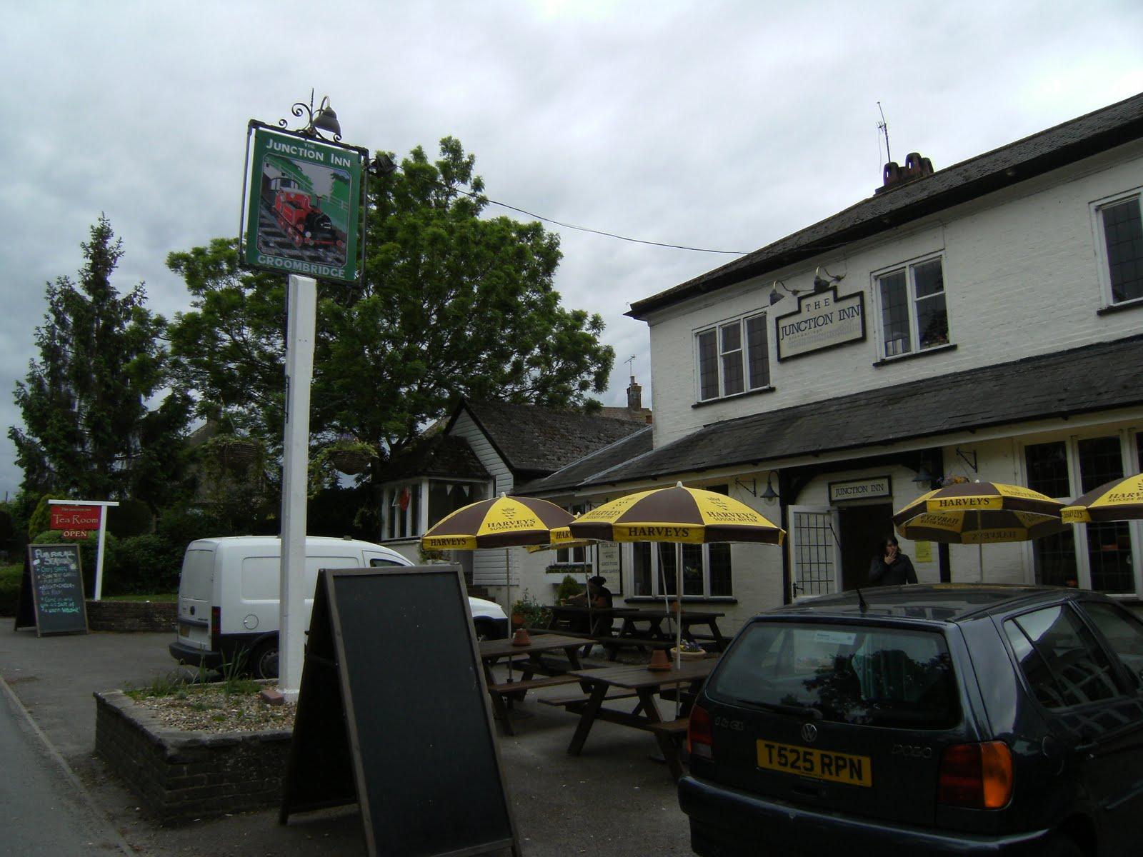 DSCF7907 Junction Inn, Groombridge