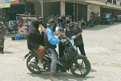 Momentum HUT Kemerdekaan RI Ke-76, GRIB JAYA Bersama Koramil 04/Babelan Dan Tarumajaya Bagikan Masker