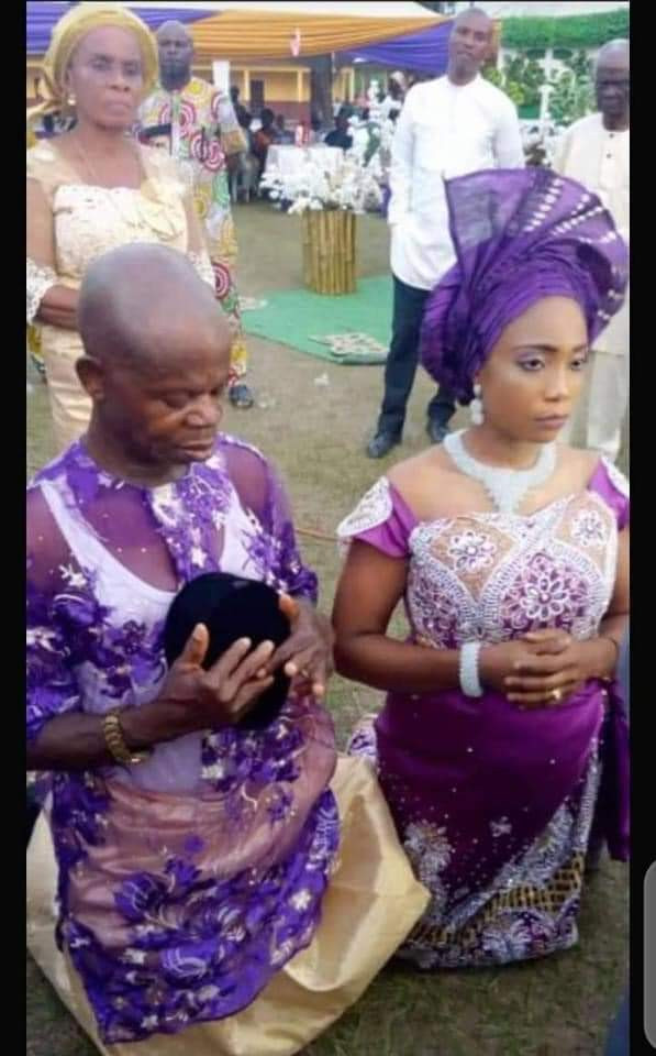 Pregnant Nigerian Lady Marries Old Man After Man Who Got Her Pregnant Absconded -