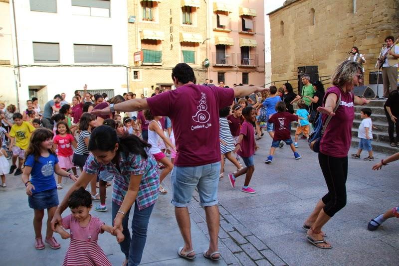 Festa infantil i taller balls tradicionals a Sant Llorenç  20-09-14 - IMG_4274.jpg
