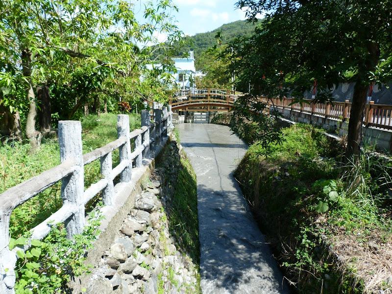 Tainan County.De Dona village à Meinong via Sandimen en scooter.J 12 - P1220542.JPG