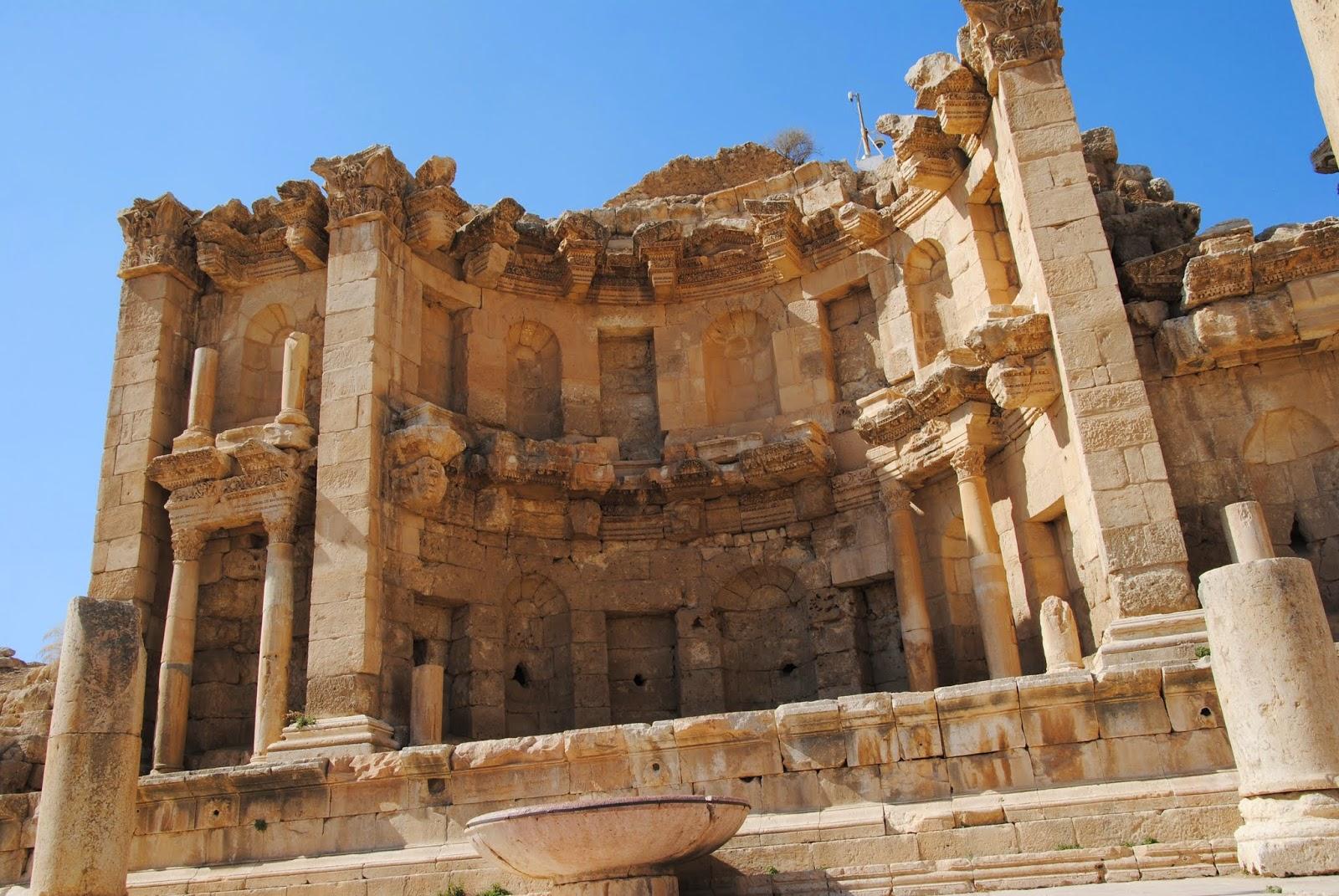My Photos: Jordan -- Jerash -- The Nymphaeum