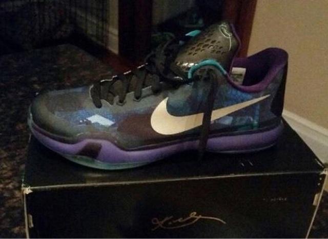 cheaper 81125 d0c1b Nike Kobe 10 EYBL