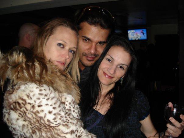 Pua James Matador With Girls, Matador
