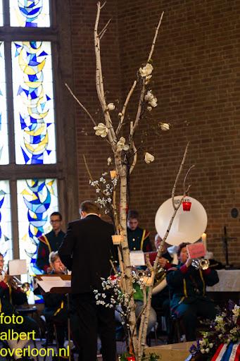 herdenkingsdienst  en een stille tocht naar het Engelse kerkhof 12-10-2014 (27).jpg