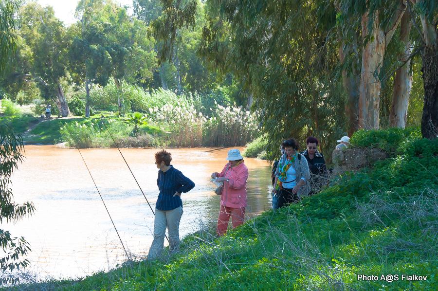Экскурсия вдоль реки Яркон в парке в Тель Авиве. Гид в Израиле Светлана Фиалкова.