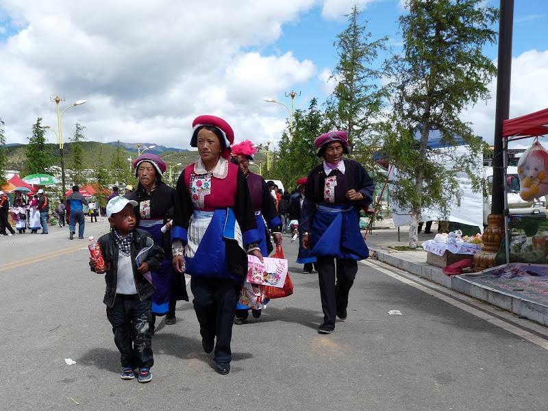 Chine. Yunnan.Shangri la Course hippique annuelle - P1250764.JPG
