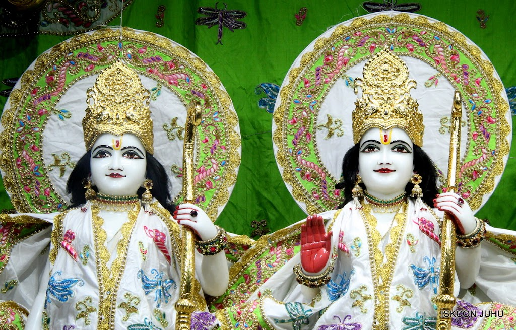 ISKCON Juhu Mangal Deiy Darshan 10 Apr 16 (7)