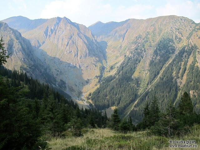 Fagaras, Valea Rea dinspre Caldarea Galbenei