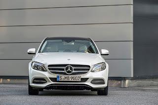 2014-Mercedes-C-Serisi-20