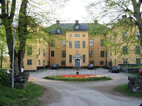 Wenngarn castle1
