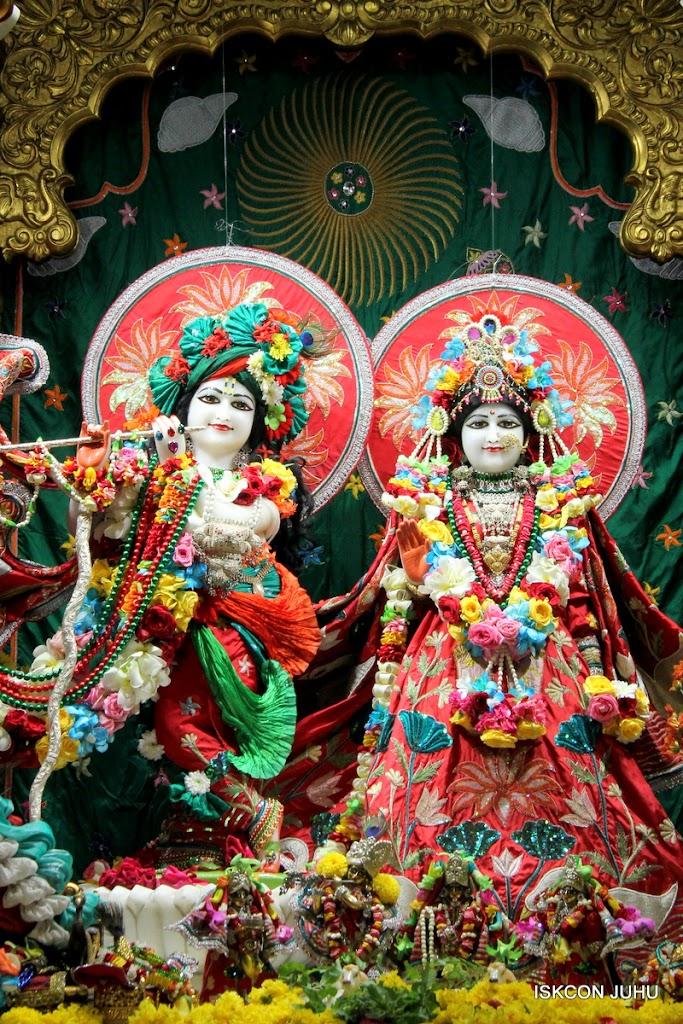 ISKCON Juhu Sringar Deity Darshan on 28th Aug 2016 (8)