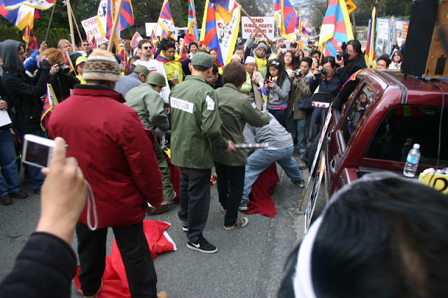 Global Protest in Vancouver BC/photo by Crazy Yak - IMG_0553.JPG