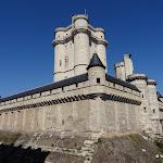 Château de Vincennes : donjon, angle sud-est de la chemise