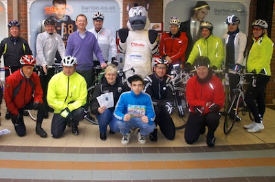 7Velo supports helmet campaign