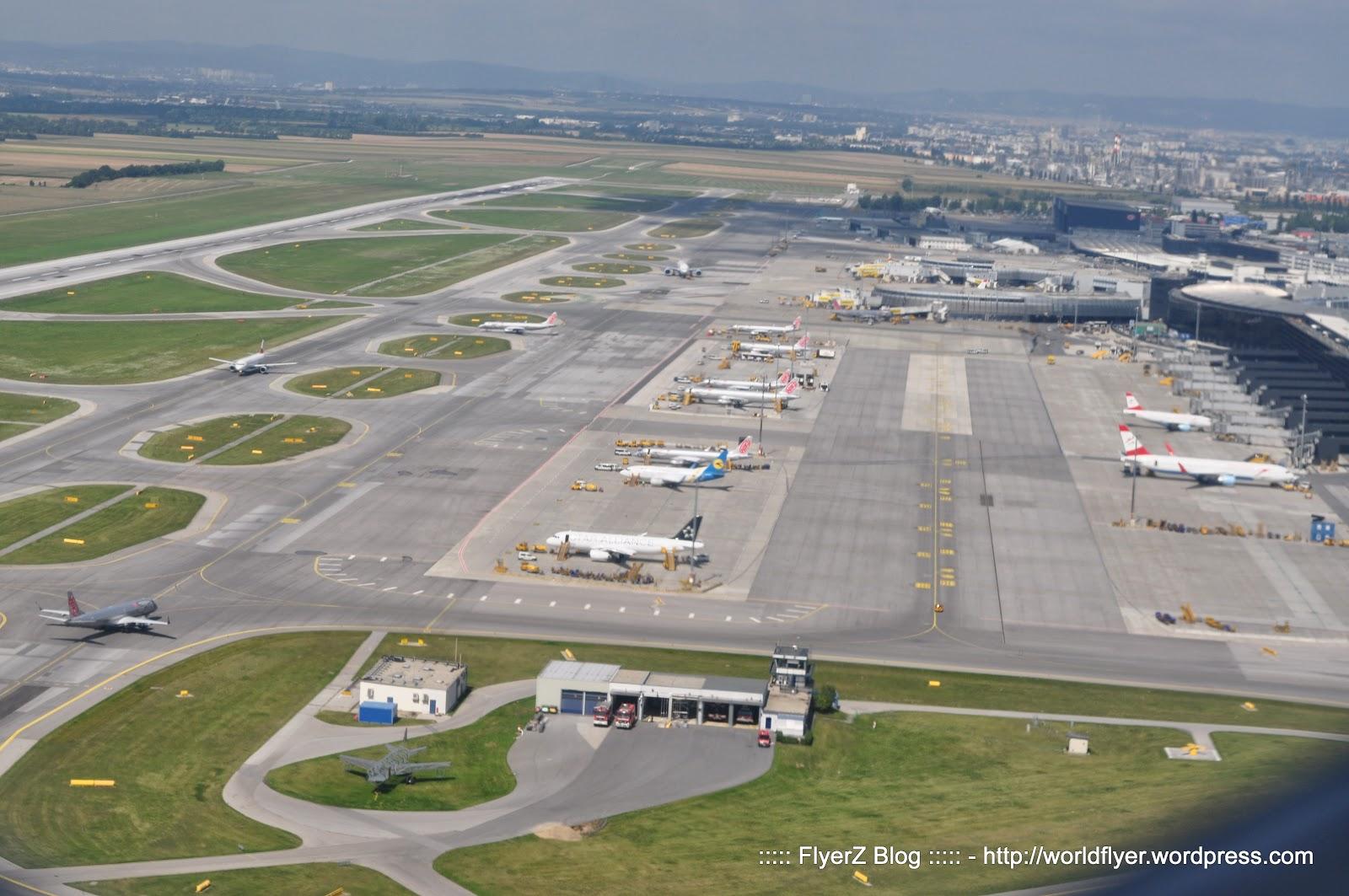 Aeroporto Vienna : Finnair vienna helsinki new delhi business class