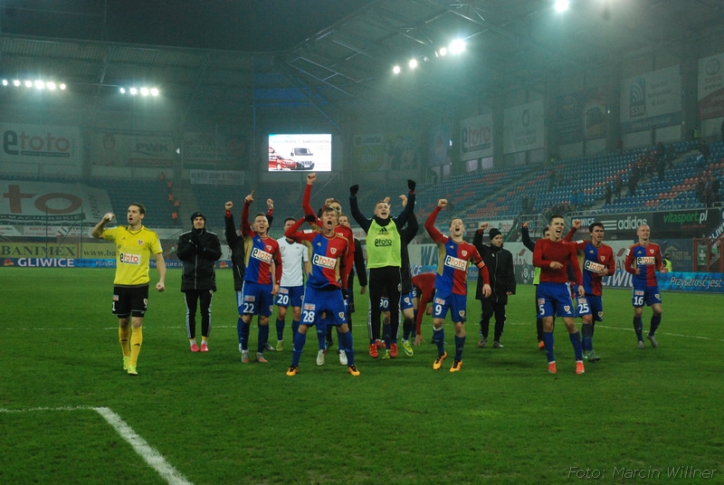 Piast_vs_Slask_2016_03-26.jpg