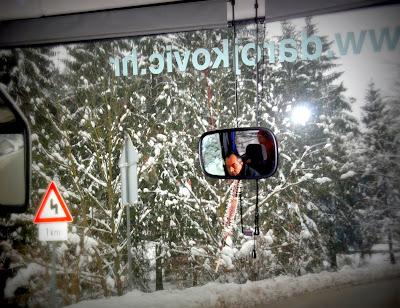 Vozać je fokusiran... na zimske uvjete