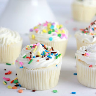 Classic White Cupcakes with Flour Buttercream Frosting