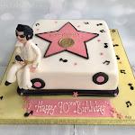 Elvis cake 6.jpg