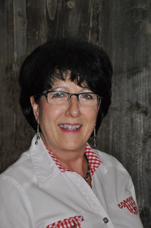 Anna Steinmann, Buffet