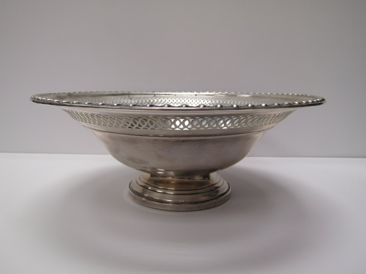 Hazquality Sterling Silver Footed Bowl