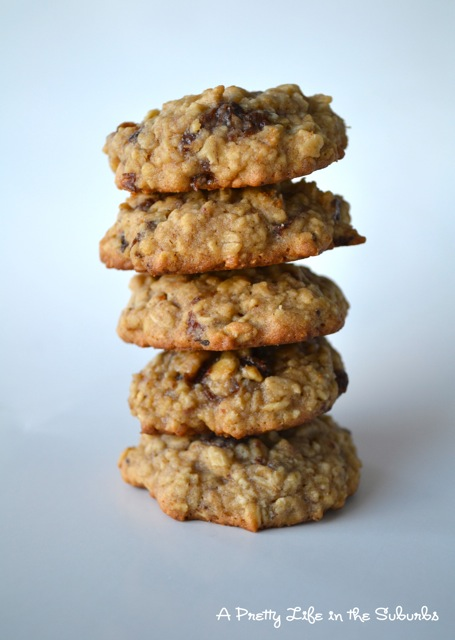 Chewy Oatmeal Raisin Cookies - A Pretty Life In The Suburbs