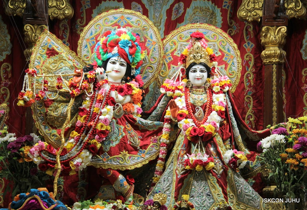 ISKCON Juhu Sringar Deity Darshan on 23rd Aug 2016 (3)