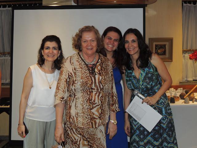 Confraternizacao 2015  Danielle Pimentel, Margarida, Juliana Lauria e Dra. Tania Guerreiro