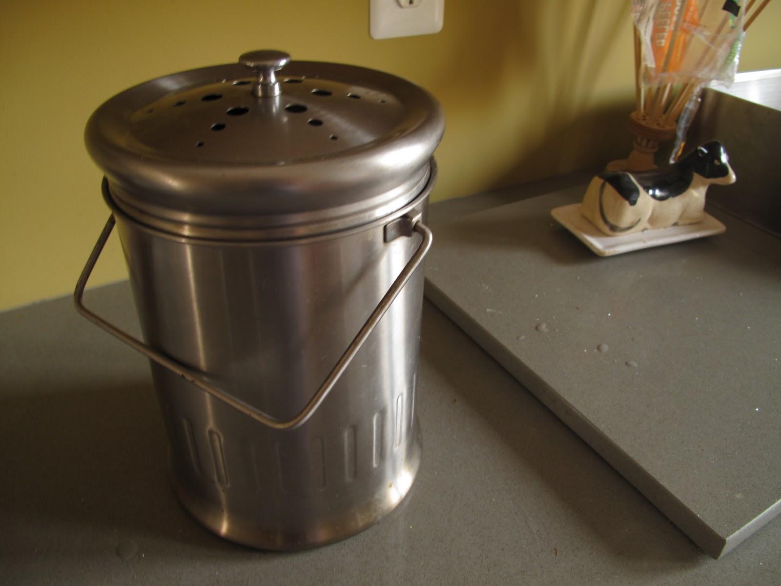 Countertop Compost Bin : My Countertop Compost bin