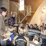 Kleuters bezoeken Martinuskerk - DSC_0023.JPG