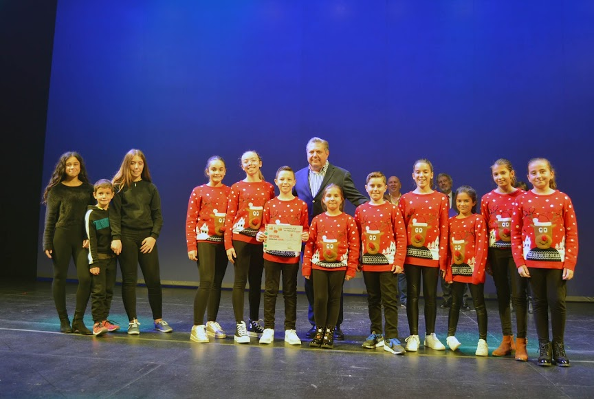 Milagro y AMPA Viva mi Escuela, segundo premio juvenil.
