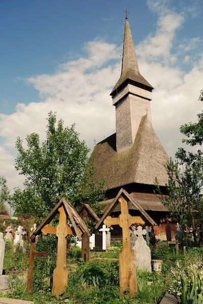 Biserica de Lemn din Deal in Ieud