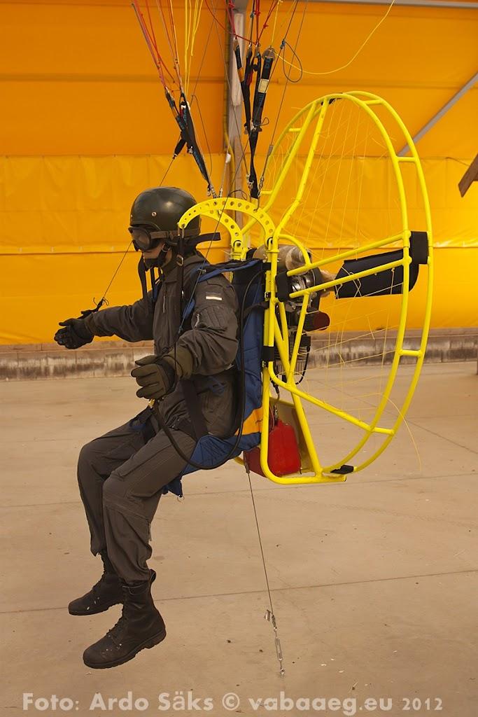 23.08.12 Eesti Lennundusmuuseumi eksponaadid 2012 - AS20120823LENNUK_040V.JPG
