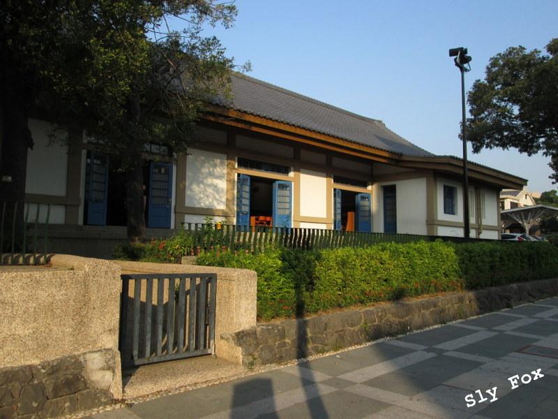 神社外苑事務所