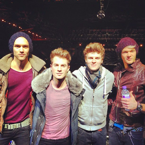 Lawson - Standing in the  spotlight 262791_10151290405404732_1521948680_n
