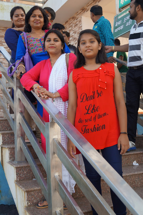 Omkareshwar and Hanmuntiya water resort - DSC06611.JPG