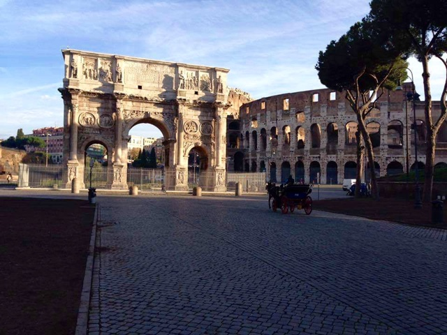 Picture of the colosseum in Rome