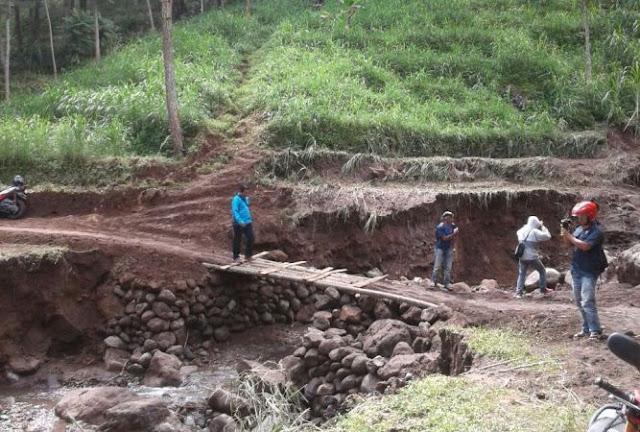 Fenomena Lokasi wisata watu jonggol sine ngawi